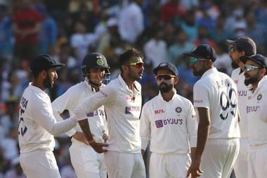 Ind vs Eng: अक्षर पटेल की शानदार गेंदबाजी से इंग्लैंड की पारी 112 रन पर ढेर