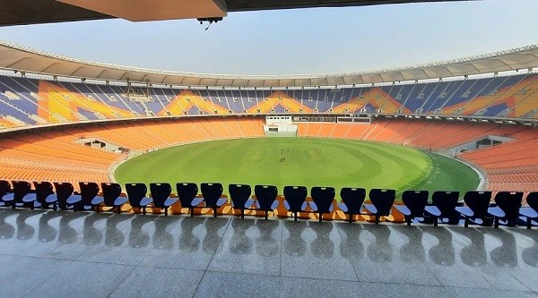 मोटेरा: आज दुनिया का सबसे बड़े क्रिकेट स्टेडियम का उद्धाटन