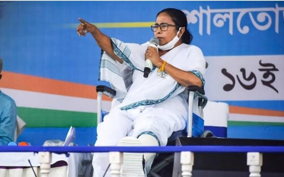 Paschim Bangal chunav: बीजेपी से मुकाबले के लिए ममता बनर्जी को चाहिए लेफ़्ट का सहारा?