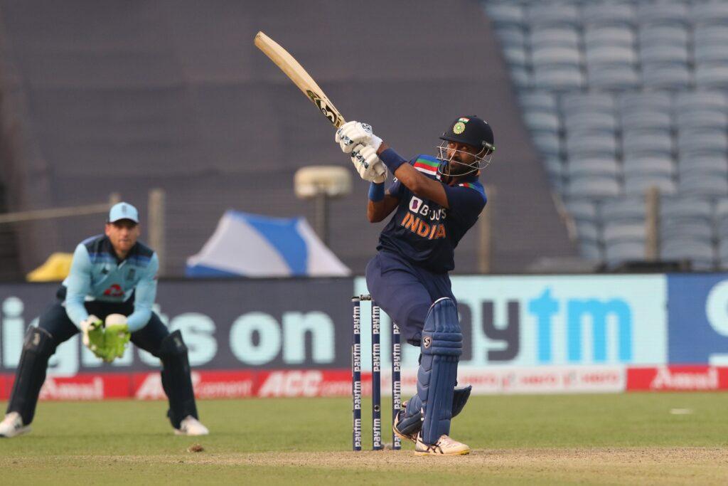 भारत ने पहला वनडे मैच इंग्लैंड को 66 रनों से हराया