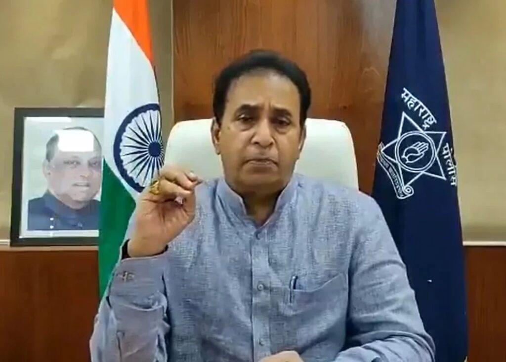 शरद पवार से हुई मुलाकात के बाद क्या अब महाराष्ट्र के गृह मंत्री अनिल देशमुख पर गिरेगी गाज