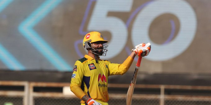 चेन्नई सुपर किंग्स (CSK) ने रॉयल चैलेंजर्स बेंगलुरु (RCB) को 69 रन से हराया, टॉप पर पहुंची चेन्नई