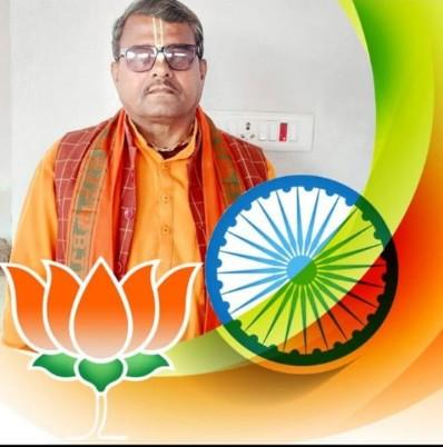 पूर्व जिला परिषद् Bjp पंडौल श्री मनोज कुमार चौधरी चौमुखी प्रतिभा के धनी जिनका मिशन क्षेत्र में हॉस्पिटल और सभी गरीब व्यक्तियों को कार्ड उपलब्ध करवाना है एक स्पेशल कवरेज आज