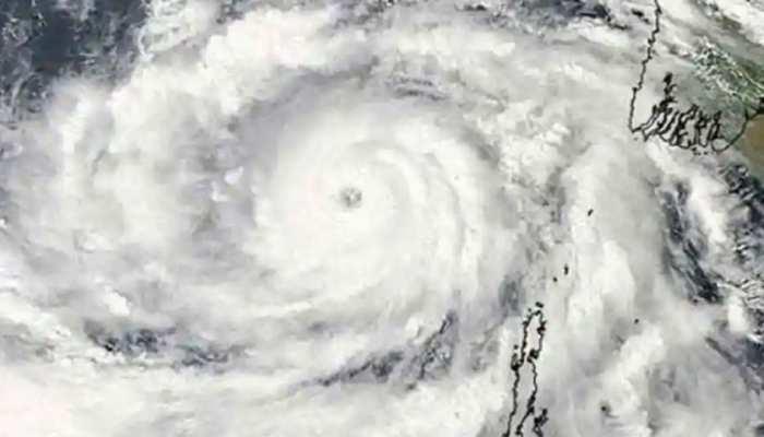 Cyclone Tauktae- चक्रवाती तूफान को लेकर प्रधानमंत्री नरेंद्र मोदी ने की बैठक, लिया तैयारियों का जायजा