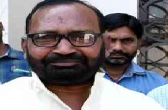 विधायक विक्रमजीत मौर्या- डीएम द्वारा कोविड हॉस्पिटल बनवाने के लिए 50 लाख रुपए की कर रहे मदद