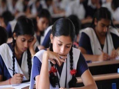 UP Board 12th examination: डिप्टी सीएम डॉ. दिनेश शर्मा का एलान, एक महीने में परीक्षा कराकर दे देंगे परिणाम