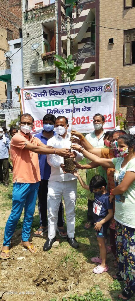 आप सभी को विश्व पर्यावरण दिवस की हार्दिक शुभकामनाएँ (Surendra Khrub निगम पार्षद)